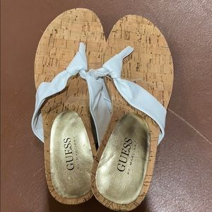 Guess non-skid-slip sole slipper